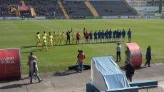 FC Famalicão vence nos minutos finais o SC Covilhã por 1-0 e subiu ao 9º lugar da Liga Ledman Pro